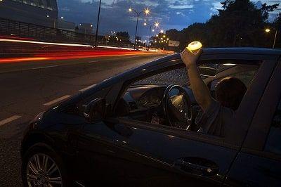 señal luminosa de emergencia para coche